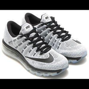 Nike Air Max 2016 Sneakers Men's Size 11.5 Grey